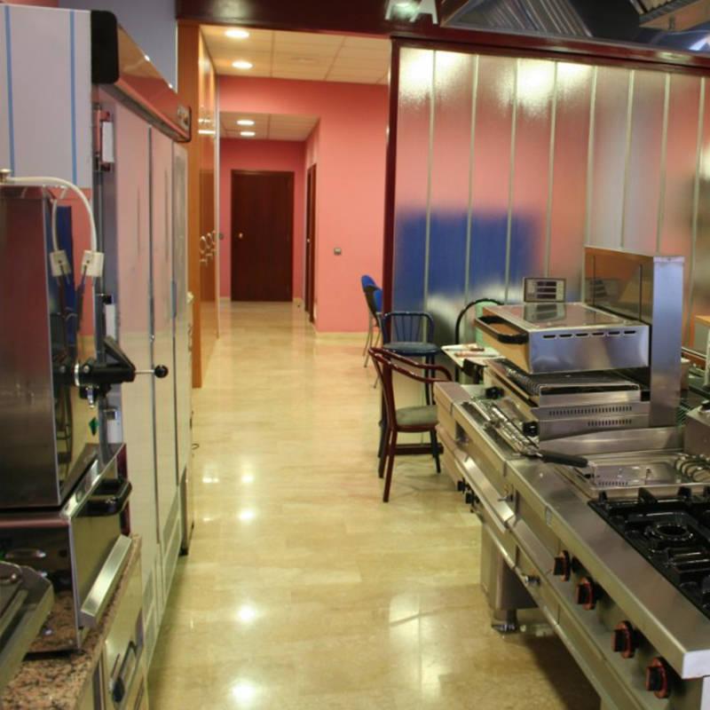instalaciones-paco-lliso-climatizacion-y-lavanderia-industrial-