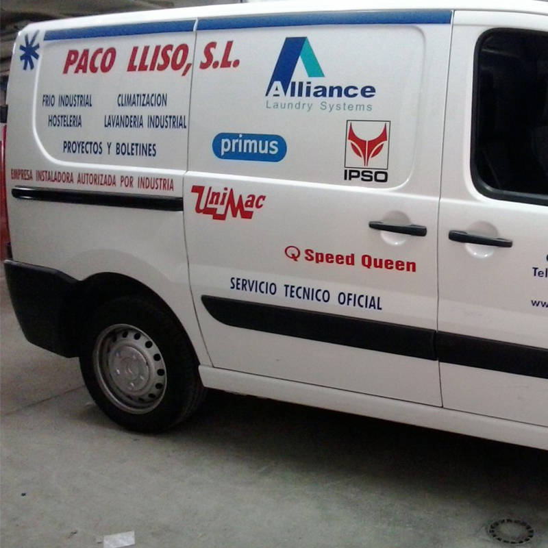 paco-lliso-climatizacion-y-lavanderia-industrial-furgoneta